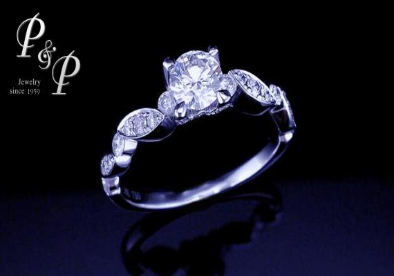 Diamond ring 0.43 carat